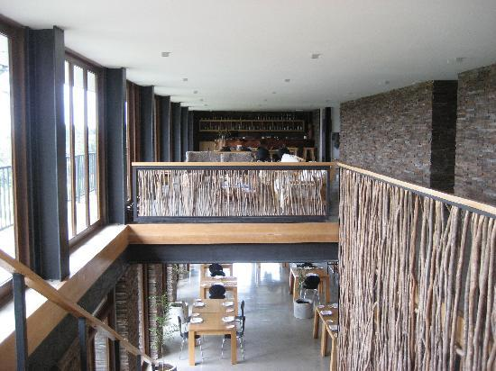 Arrebol Patagonia Hotel: Stairs to restaurant