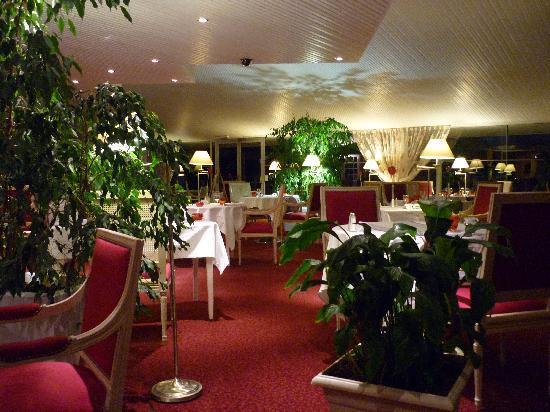 Best Western Le Bois de La Marche : Le restaurant