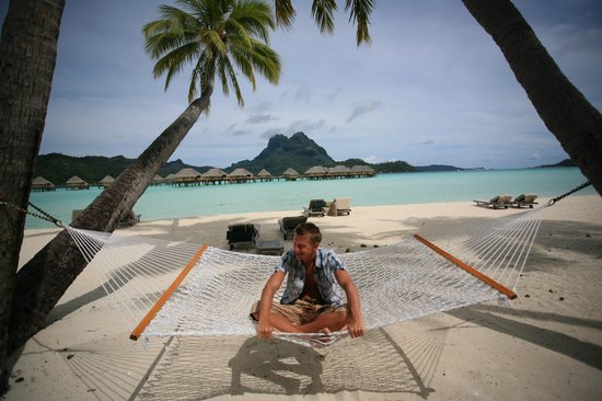 Bora Bora Pearl Beach Resort & Spa: You could be swinging on a star?