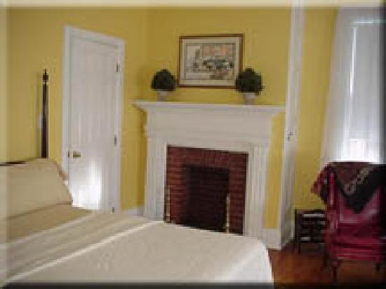 Bethlehem Inn: The Philadelphia Room