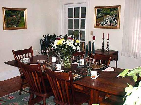 Bethlehem Inn: Dining Room