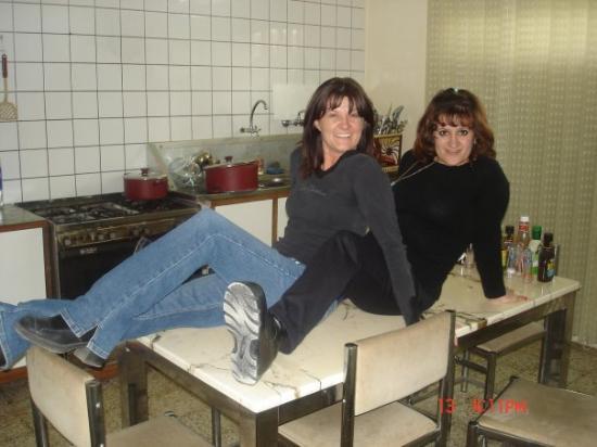 Erbil, Irak: Our kitchen in Iraq That's Nada 2006