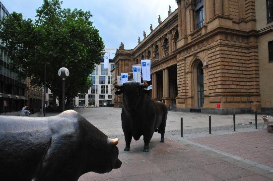 Schillerpassage Frankfurt frankfurt bull in front of stock exchange picture of stock
