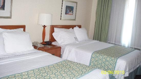 Fairfield Inn & Suites Jacksonville Beach: Double Beds