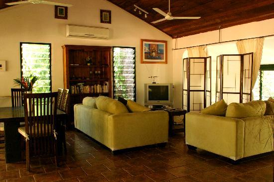 Grungle Downs Tropical Bed and Breakfast: Self contained Cottage