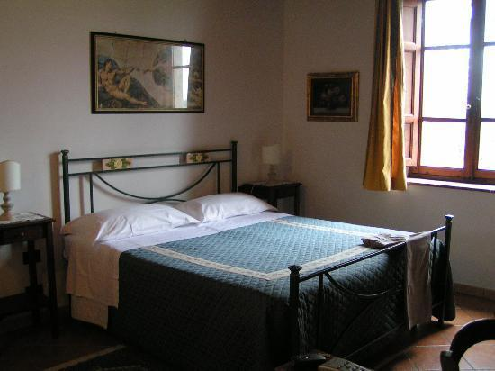 Hotel Vecchio Asilo: One of our rooms.