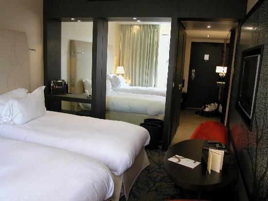 Sofitel Marseille Vieux-Port: twin room