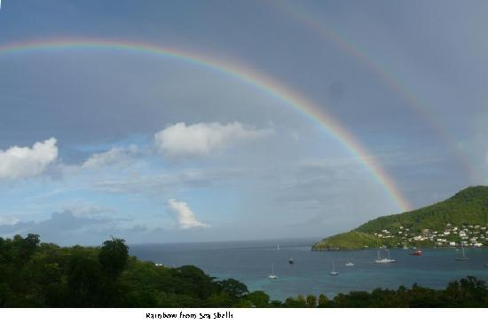 St. Vincent and the Grenadines: rainbow over Port Elizabeth from Sea Shells