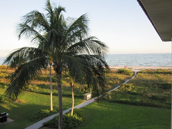 Sandalfoot Condominium: Looking out from the walkway to our unit