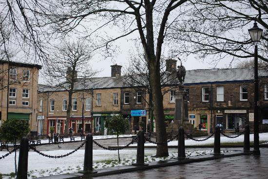 ‪‪Glossop‬, UK: Glossop Town sq‬