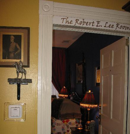 Park Avenue Manor: Robert E. Lee Room