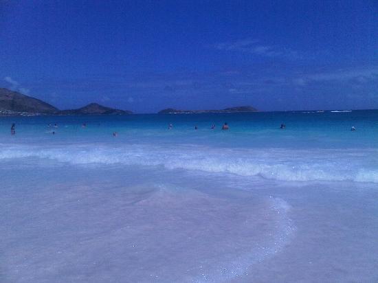 Coral Beach Club Villas & Marina: Orient Bay Beach--A beautiful beach