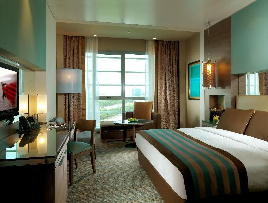 Park Rotana Abu Dhabi: Classic Room - General View