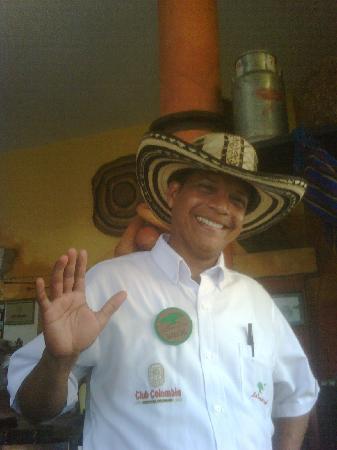 La Bonga del Sinu : Marcial, top waiter