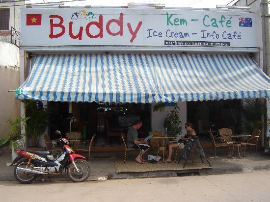 Buddy Ice Cream & Info Cafe : vue exterieure
