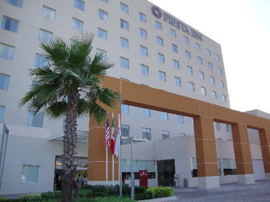 Fiesta Inn Tepic: exterior del hotel