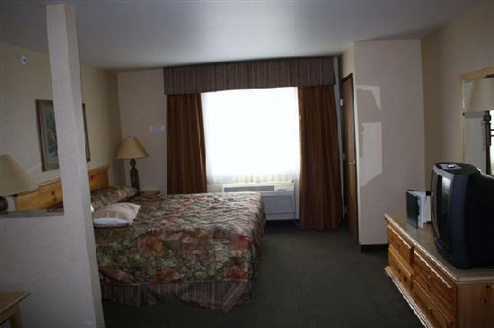 Thumper Pond Resort: King Suite