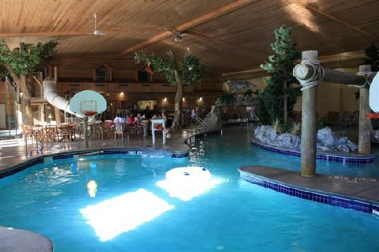 Thumper Pond Resort: Pool