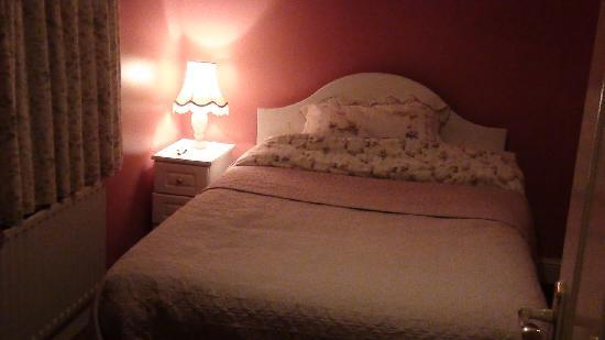 Drumshinnagh House: Warm, cozy, and comfortable double room
