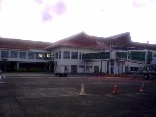 Bandara Sam Ratulangi Manado ...