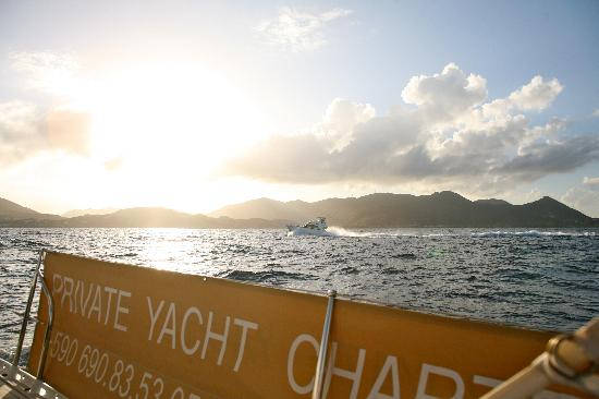 Private Yacht Charter SXM - Day Trips: Private Yacht Charter