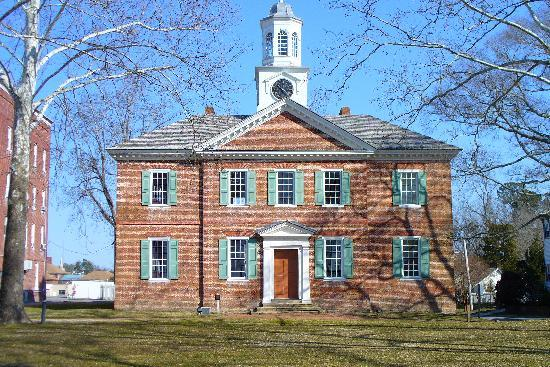 Edenton, NC: Oldest working court house built 1767