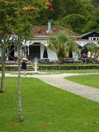Furneaux Lodge: The Lodge