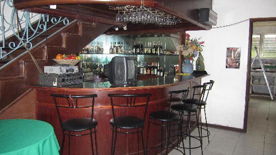 The Seahorse Hotel & Restaurant: レストランカウンター- Restaurant