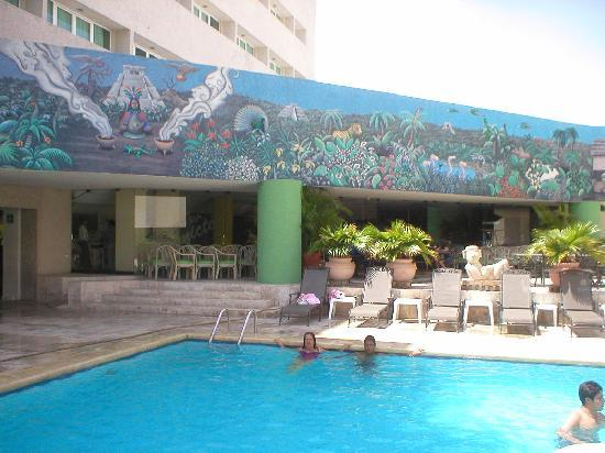 Foto de los aluxes m rida piscina tripadvisor for Hoteles en merida con piscina