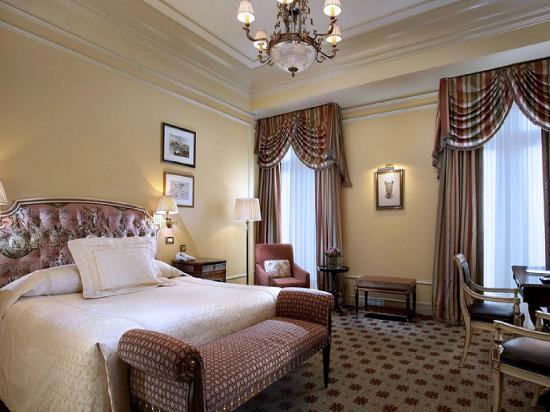 Hotel Grande Bretagne, A Luxury Collection Hotel: My Room