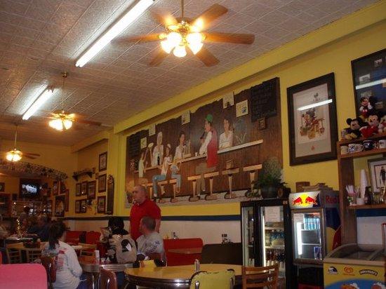 จอร์จทาวน์, เคนตั๊กกี้: Fava's Restaurant, Georgetown, KY