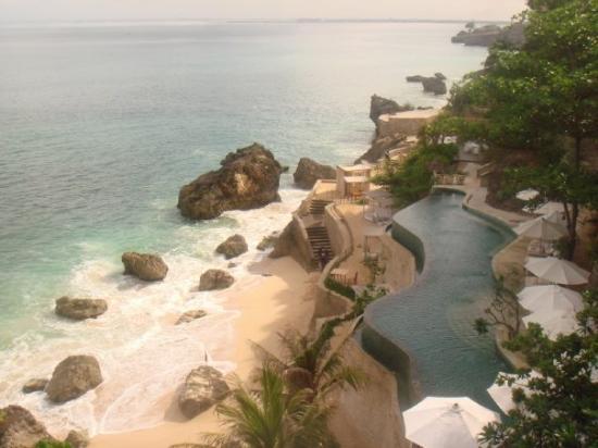 Nusa Dua, Indonesien: Ritz carlton Ocean Beach Pool...breath-taking view!