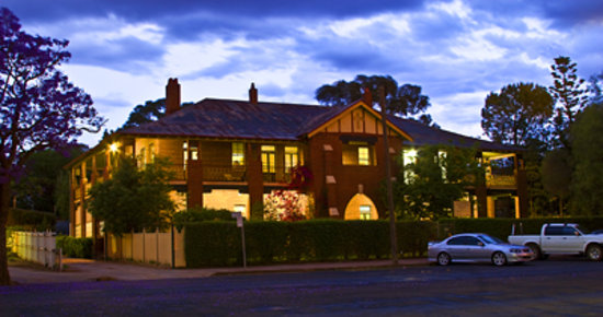 The Old Parkes Convent : Front of Building (evening)