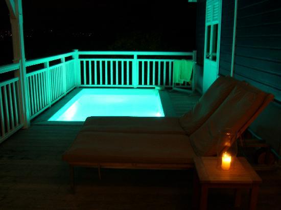 Hotel Plein Soleil: piscine de notre chambre