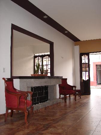 Hotel San Jeronimo: entrada del hotel