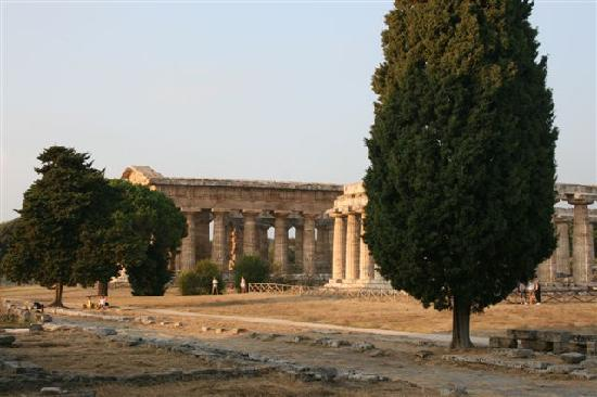 Savoy Beach Hotel: Temple of Hera 2