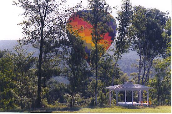 Inn at Clearwater Pond: Hot-air Balloon flights are available year round.  Imagine yourself finishing up a fabulous brea