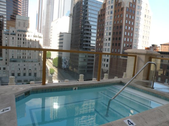 Hilton Checkers Los Angeles Hot Tub On Rooftop