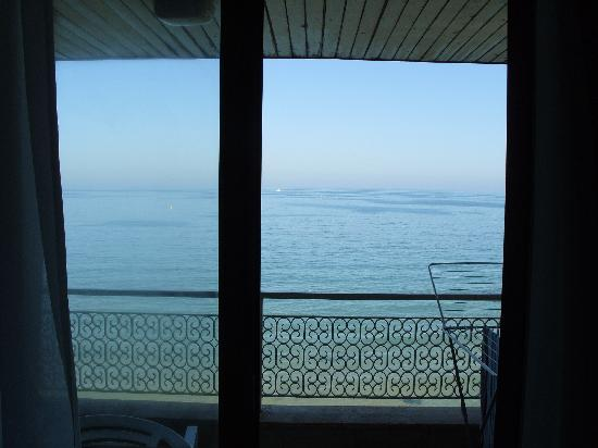 Nympha Hotel: Sea view room