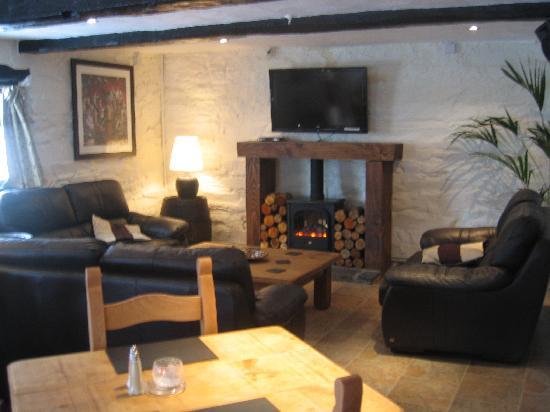 White Hart Inn: Lounge/Restaurant