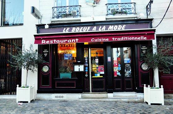 Front of Le Boeuf A La mode