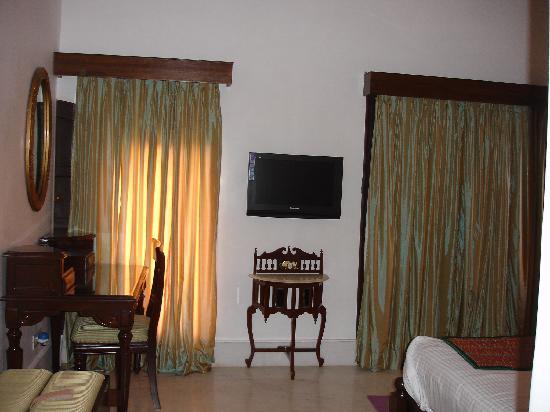 Hotel Amar Kothi: Bedroom