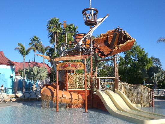 Disney S Caribbean Beach Resort Pirate Pool