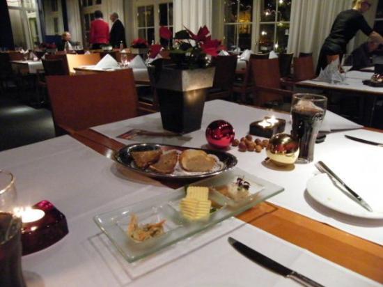 Mintrops Stadt Hotel Margarethenhohe: Dinner at the Mintrops Hotel, Margarethenhöhe, Essen :)  Our favourite restaurant ever