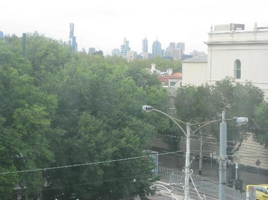 Rydges St Kilda: View of downtown from our room at Urban St. Kilda