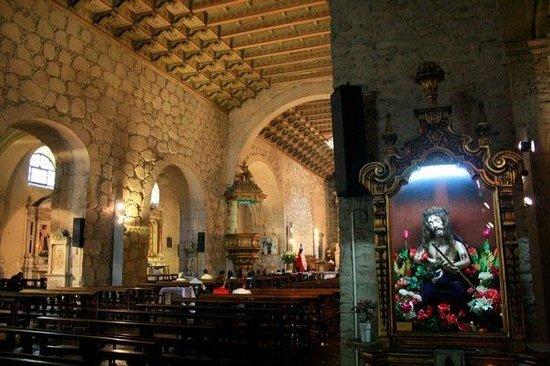 San Francisco Church : Iglesia de San Francisco (I love a creepy Jesus!)