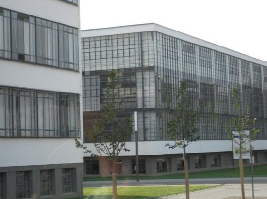 ‪‪Dessau‬, ألمانيا: Bahaus School founded by Walter Gropius‬