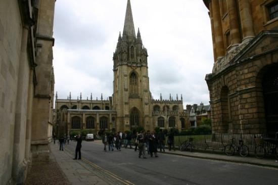 "University of Oxford: ""Christ's College is used in filming Harry Potter...this is Oxford University."""