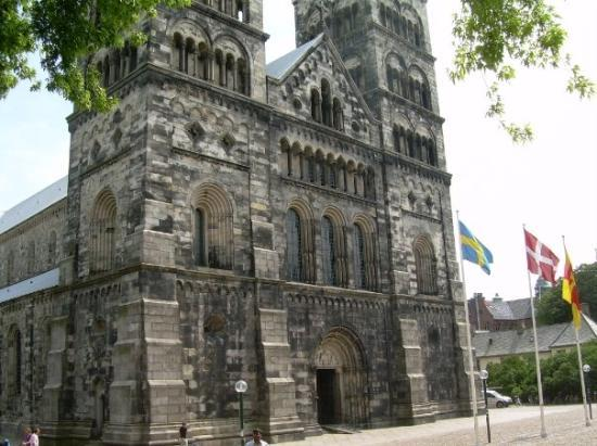 ‪لوند, السويد: Lund, Sweden Very OLD Lutheranism cathedral in Lund‬