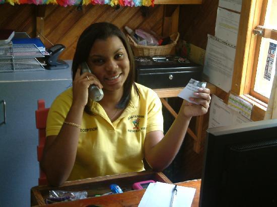Bananarama Dive & Beach Resort: friendly receptionist